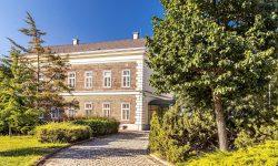 Historisches Verwaltungsgebäude der ebswien kläranlage & tierservice. © Christian Houdek